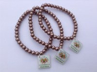 light-brown-glass-bead-stretch-bracelet