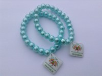 aqua-glass-bead-stretch-bracelet