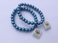 blue-glass-bead-stretch-bracelet